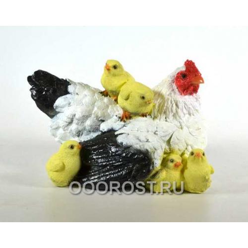 Фигура Курица-мама с детьми H16см ,L25см