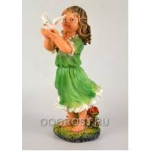 Садовая фигура Девочка с голубем h 49 см